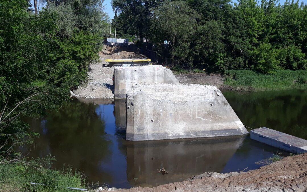 Rozbudowa obiektu mostowego narzece Bzura wSochaczewie zdojazdami – prace wtoku